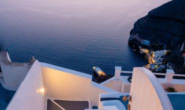 Santorini, Greece / Tom Grimbert